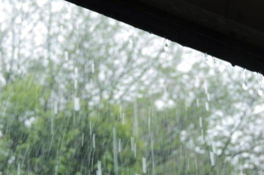ルーフィングの不良が雨漏りの原因に