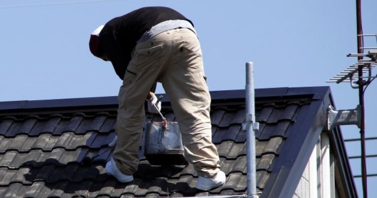 破風板の補修は外壁塗装・屋根修理と一緒に!補修費用・保険も解説