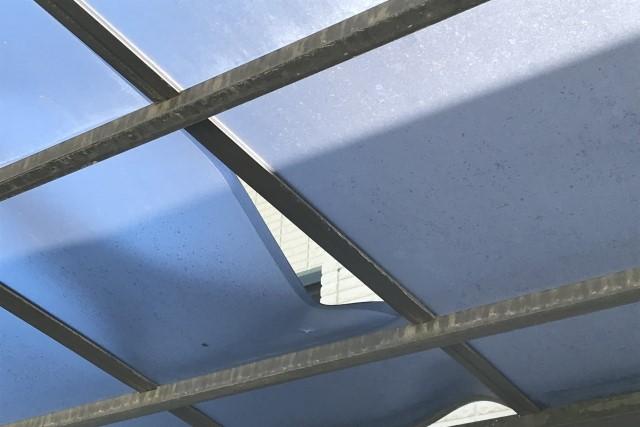カーポート屋根修理は被害状況を確認してDIYか業者か決めよう!