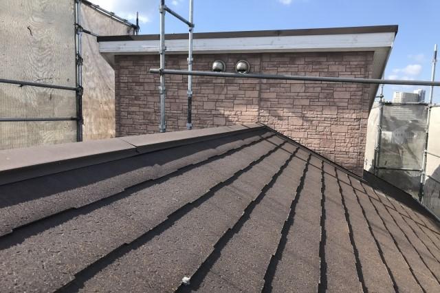 屋根の葺き替え工事にかかる日数をご紹介!カバー工法との比較なども