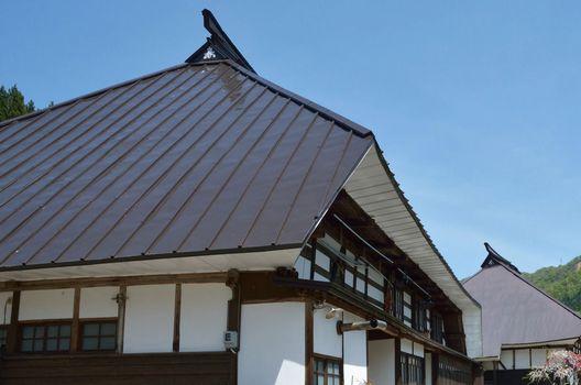 塩ビ?ポリカ?屋根に最適な波板は?
