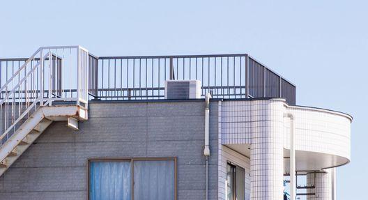 陸屋根や屋上・ベランダでの雨漏り対策・防水工事のために有効な方法とは?