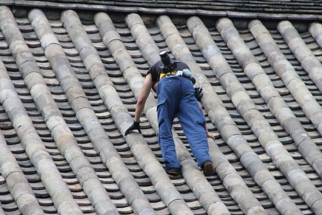 屋根のリフォーム工事が必要な理由