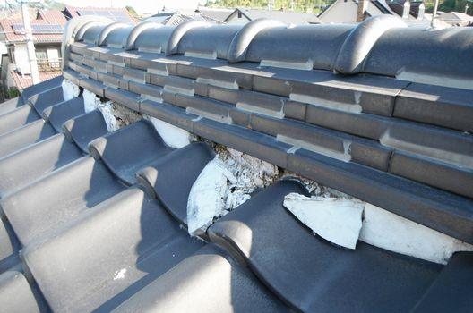 瓦屋根修理が必要なタイミング