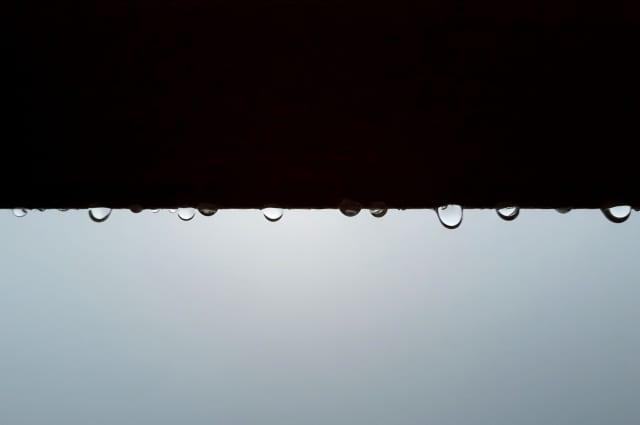 屋根の軒下修理で雨漏りを回避しよう!費用相場やリフォーム方法とは