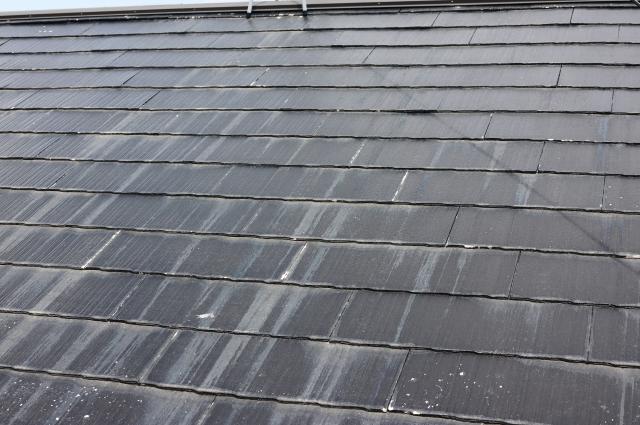 傷んだストレート屋根
